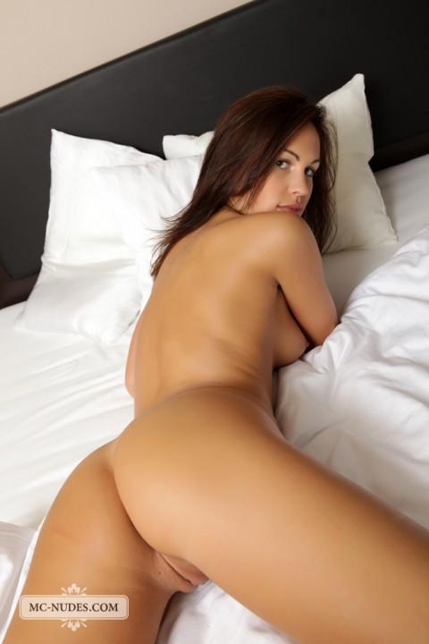 MC-Nudes-Erotic-Nude-Babe-Jenny