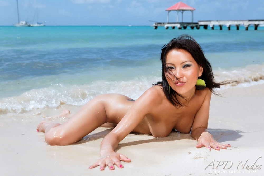 APD Nudes offers tasteful fine erotic photos – Agy