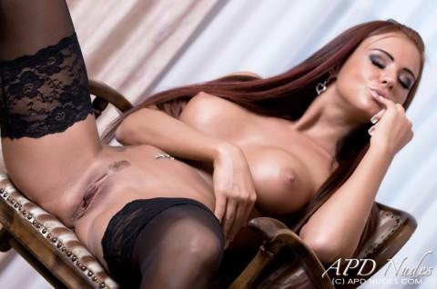 APD-nude-erotic-models-ashley-bulgari