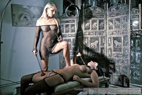 french-erotic-nude-girls-krystina-petra