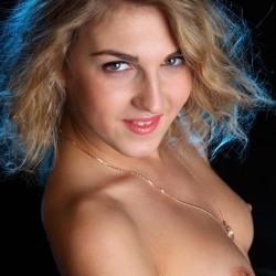 tle-erotic-nude-models-rina-229..jpg