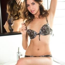 met-art-erotic-nude-models-nadine-223..jpg