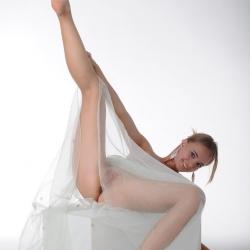 met-art-erotic-nude-models-rachel-236..jpg