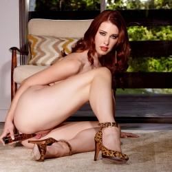 nude-erotic-vintage-red-110..jpg