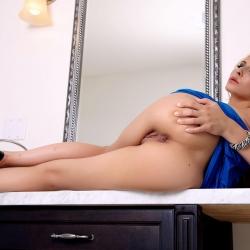 nude-erotic-devil-in-a-blue-dress-106..jpg
