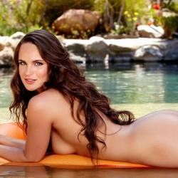 nude-erotic-itsybitsy-bikini-110..jpg
