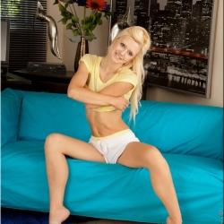 nubiles-nude-erotic-jessi-green-122..jpg