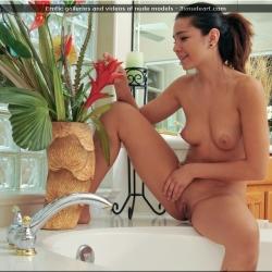nubiles-nude-erotic-cali-doe-106..jpg
