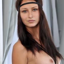 met-art-nude-erotic-yarina-102..jpg