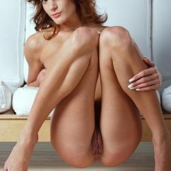 erotic-nude-yanika-107.jpg