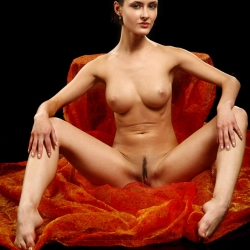 erotic-nude-leona-110.jpg