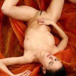 erotic-nude-leona-114.jpg