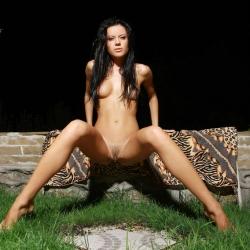 erotic-nude-emily-113.jpg