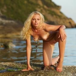 erotic-nude-uma-111.jpg