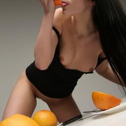 erotic-nude-valeria-106.jpg