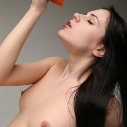 erotic-nude-valeria-110.jpg