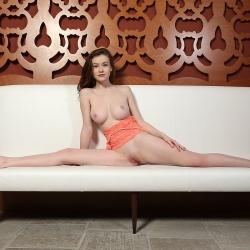 erotic-nude-emily-108.jpg