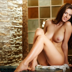 erotic-nude-arianna-110.jpg