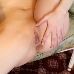 erotic-nude-ira-104.jpg