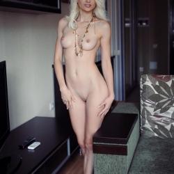 erotic-nude-nika-103.jpg