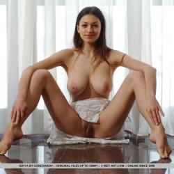 erotic-nude-sofi-110.jpg