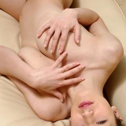 erotic-nude-sofi-114.jpg