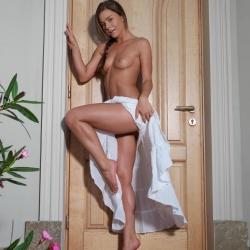 20170108-erotic-nude-lily-102.jpg