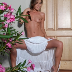 20170108-erotic-nude-lily-103.jpg