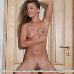 20170108-erotic-nude-lily-107.jpg