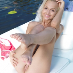 20160908-erotic-nude-kamlyn-111.jpg