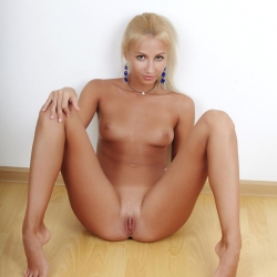errotica-erotic-nude-models-afina-228..jpg