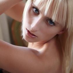 errotica-erotic-nude-models-colette-222..jpg