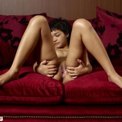 hegre-erotic-nude-models-purr-231..jpg
