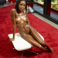 hegre-erotic-nude-models-valerie-222..jpg