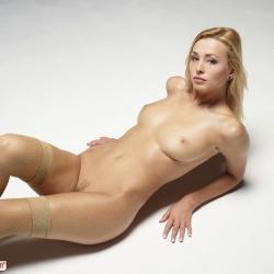 hegre-erotic-nude-models-coxy-222..jpg