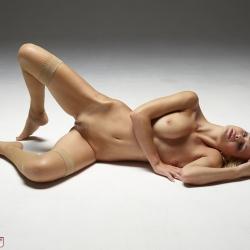 hegre-erotic-nude-models-coxy-236..jpg
