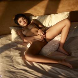 hegre-erotic-nude-models-purr-221..jpg