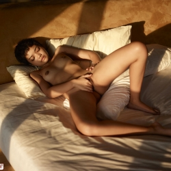 hegre-erotic-nude-models-purr-222..jpg