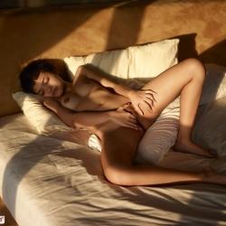 hegre-erotic-nude-models-purr-223..jpg