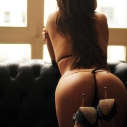 tle-erotic-nude-models-issey-223..jpg