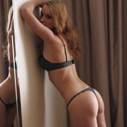 tle-erotic-nude-models-monta-224..jpg