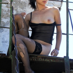 tle-erotic-nude-models-sima-228..jpg