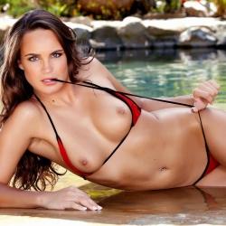nude-erotic-itsybitsy-bikini-104..jpg