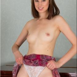 nubiles-nude-erotic-alba-105..jpg