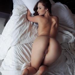 erotic-nude-natalie-114.jpg