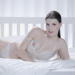 x-art-erotic-nude-models-sandra-204..jpg