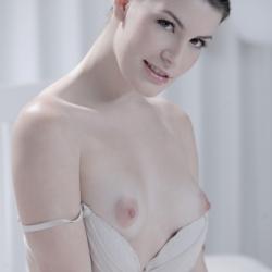 x-art-erotic-nude-models-sandra-205..jpg