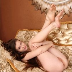 erotic-nude-emily-112.jpg