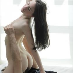 x-art-erotic-nude-models-scarlet-206..jpg