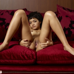 hegre-erotic-nude-models-purr-230..jpg